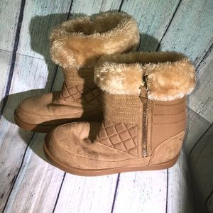 Guess Brown Faux Fur Lined Winter Boots Warm Fuzzy